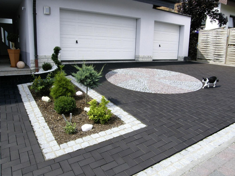 driveway paving by the landscaping in Aberdeen experts